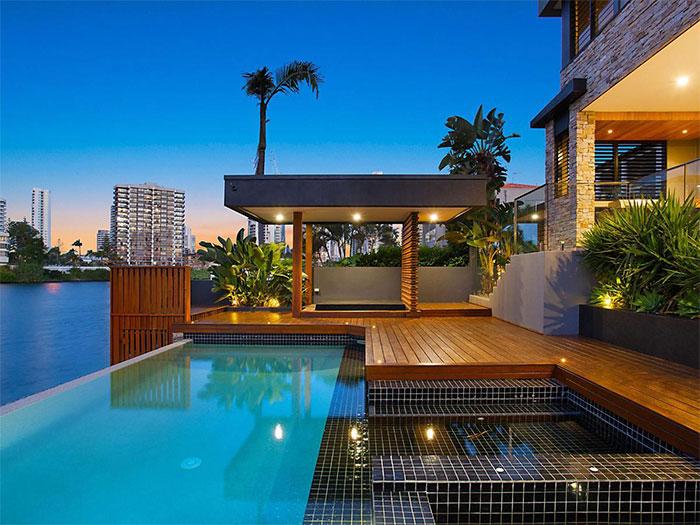 Paradise Pools